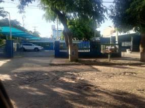 Propiedad en esquina a una cuadra de Mcal. López