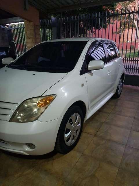 Toyota IST 2006 - 4