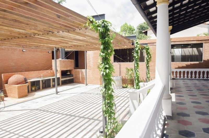 Local para negocio o vivienda en Areguá - 5