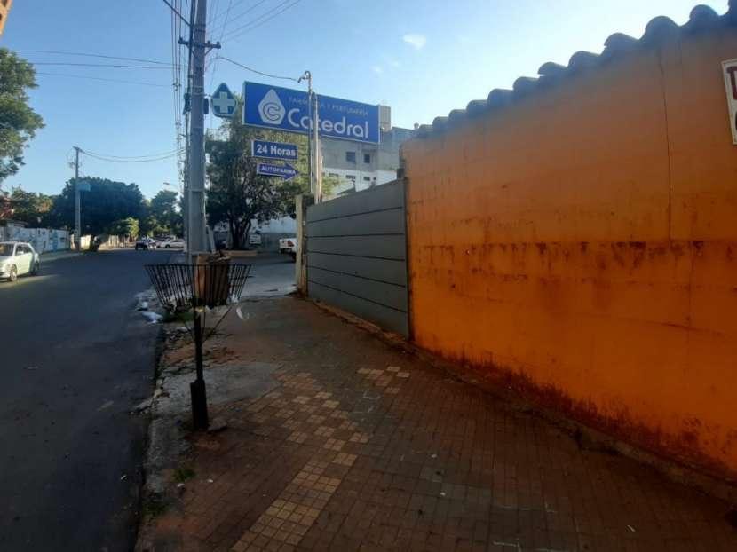Terreno en Barrio Mburicao zona Seminario - 3