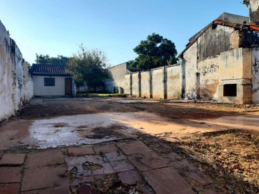 Terreno en Barrio Mburicao zona Seminario - 1