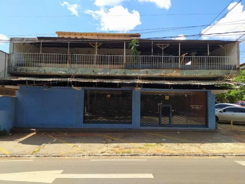 Salón comercial en Barrio Nazareth - 0