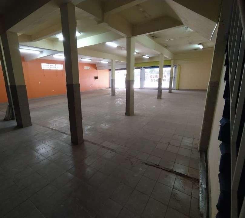 Salón comercial en Barrio Nazareth - 4