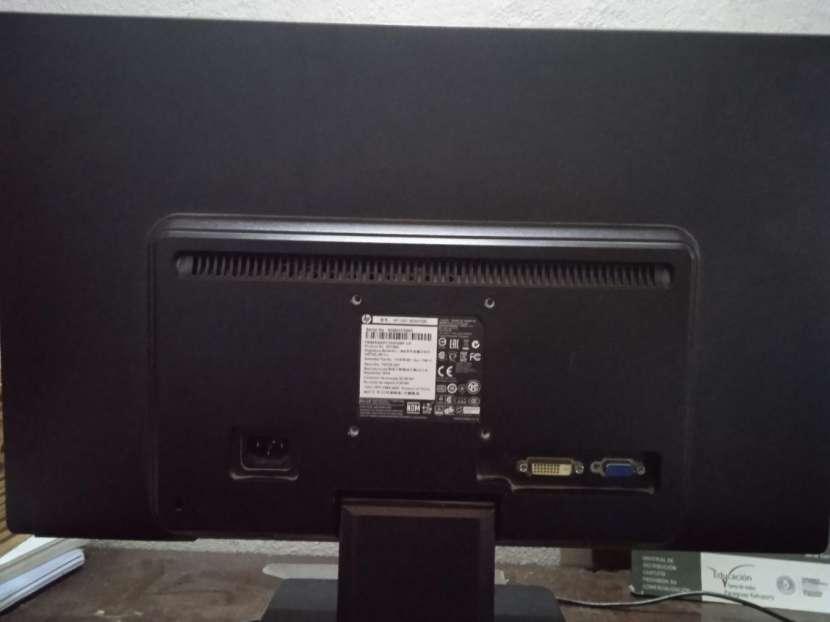 Monitor HP de 20 pulgadas - 0