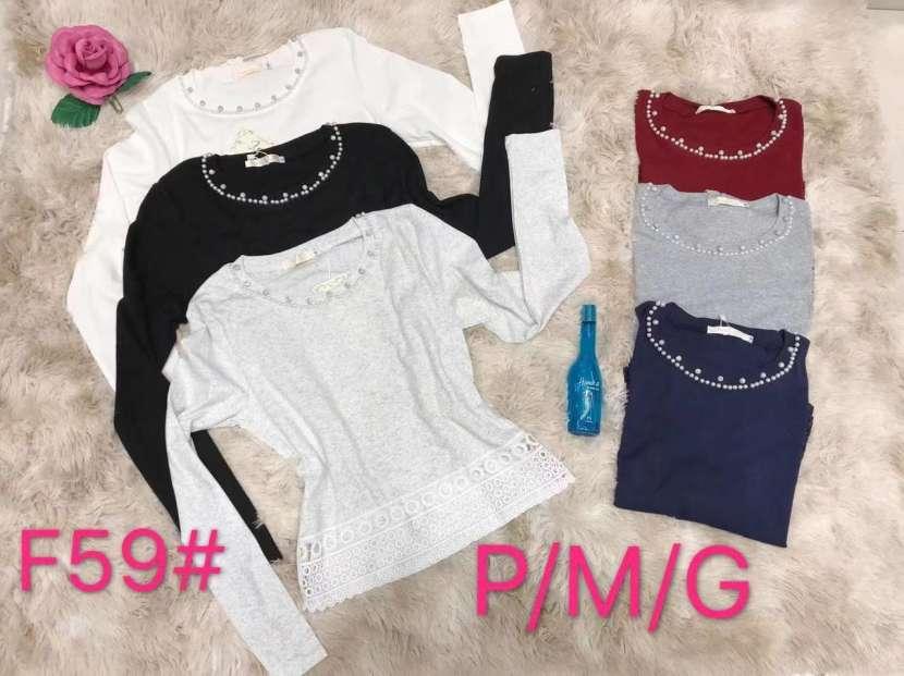 Blusa mangas largas liso con perlas en el cuello FUN F59 - 0