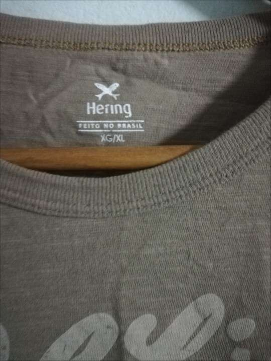 Remera Hering talle XL - 1