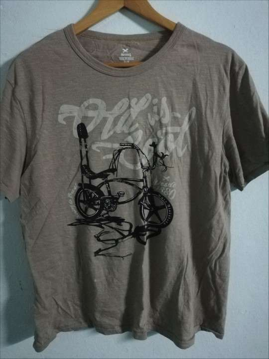 Remera Hering talle XL - 0