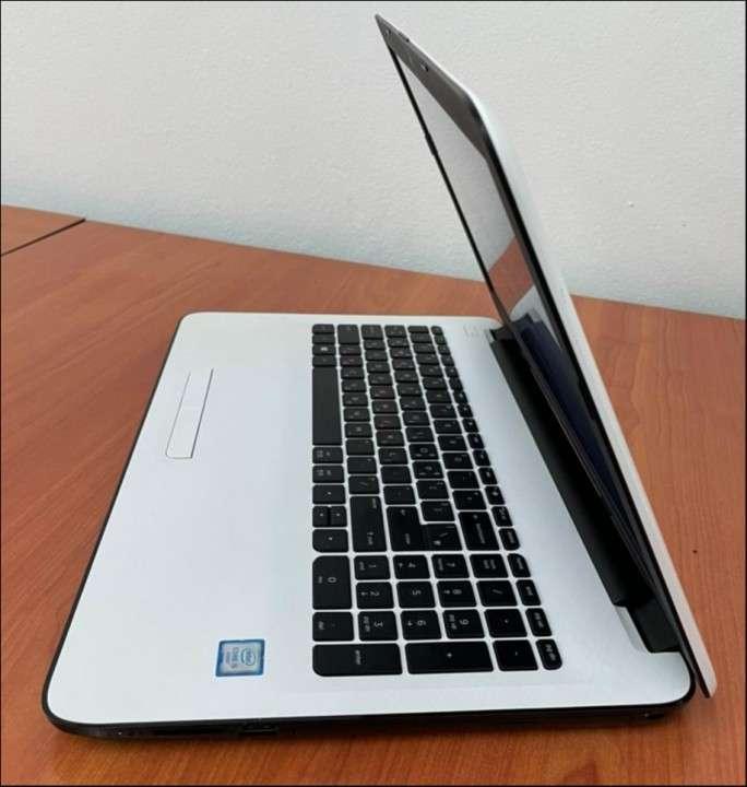 HP Pavilion Intel i5 6200u 8gb ram ssd - 3
