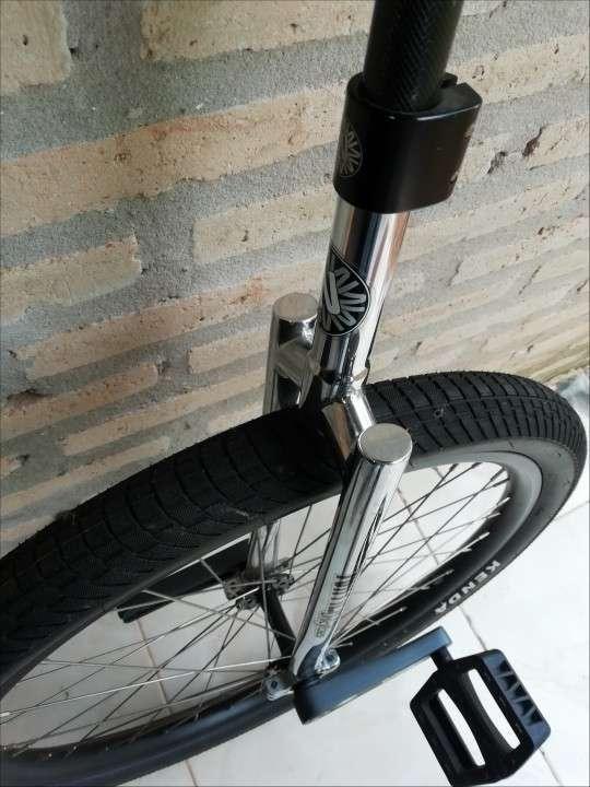 Monociclo Nimbus aro 26... - 1