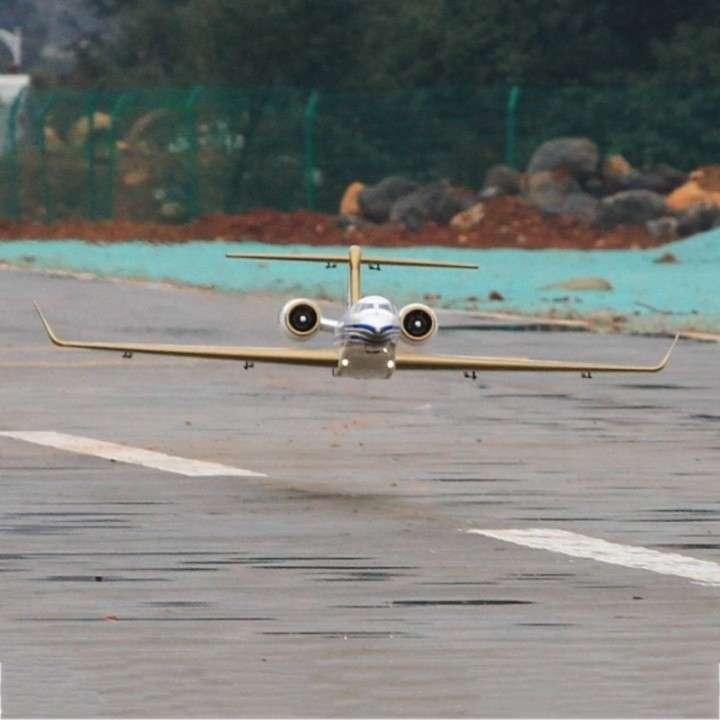 Avión Jet Pilot G650 control remoto - 2