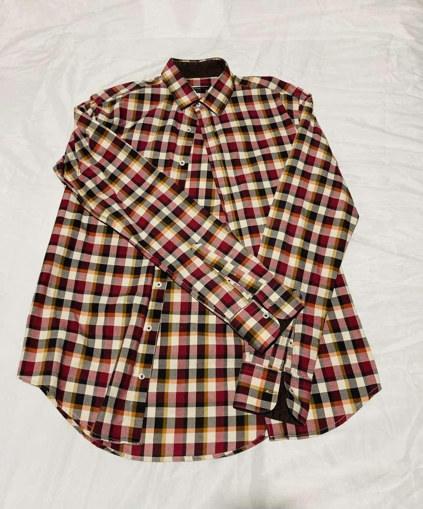 Camisa tamaño p Zara hombre - 0