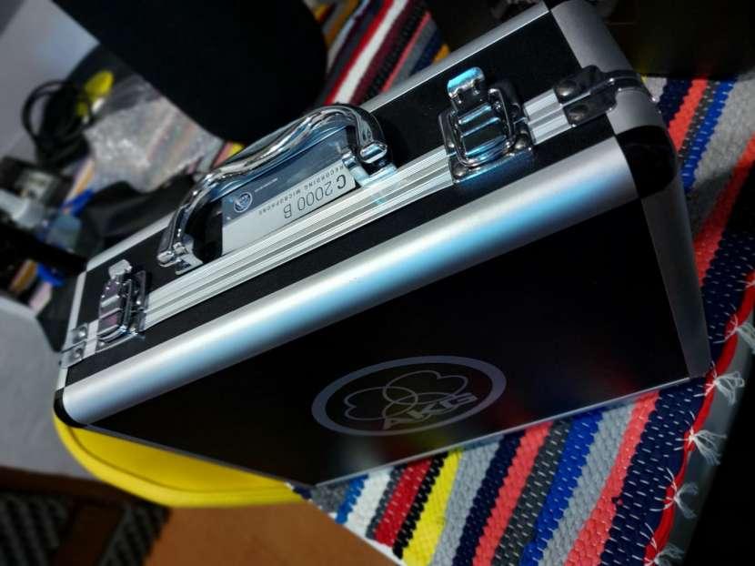 Micrófono de estudio AKG C2000 B - 0