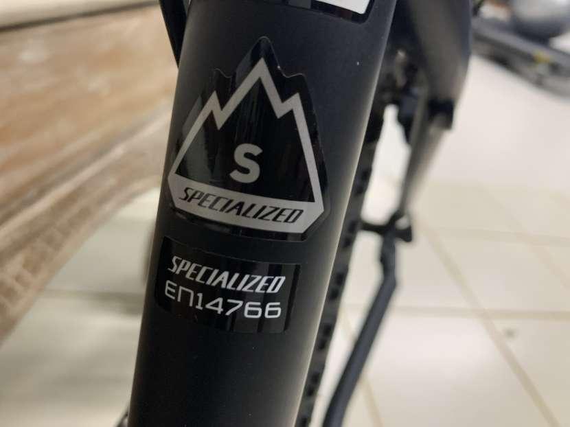Bicicleta Specialized - 2