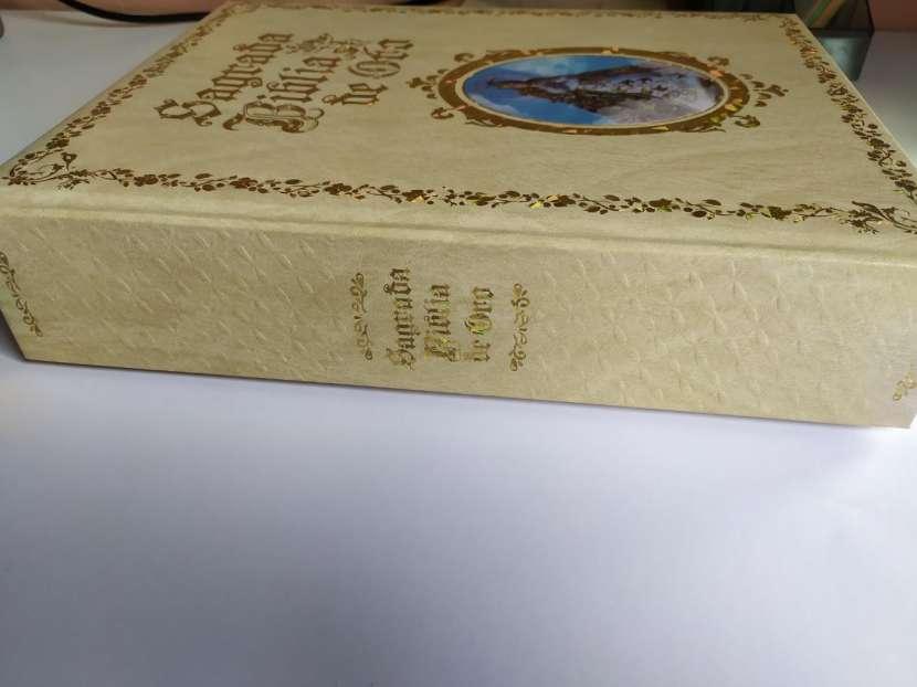 Biblia Sagrada de Oro - 2
