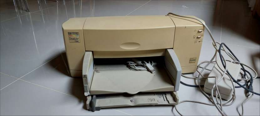 Impresora HP 710C DeskJet - 1