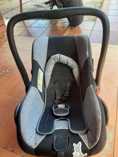 Baby seat - 1