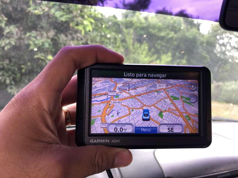 GPS Garmin Nuvi - 0
