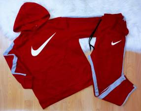 Conjuntos Nike frizado M G y GG