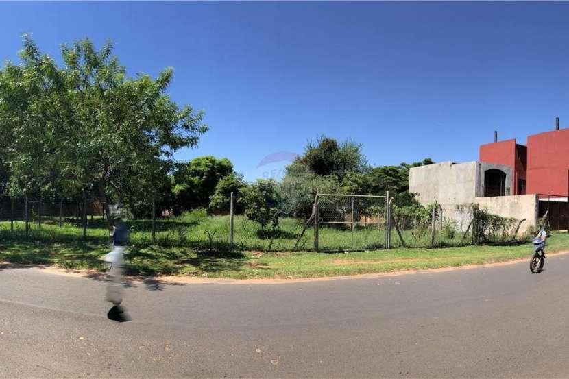 Terreno en San Lorenzo Laurelty de 720 m2 - 2