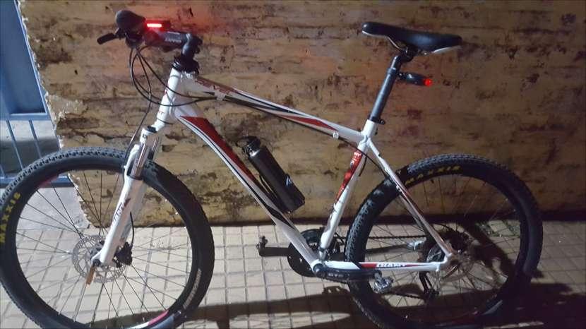 Bicicleta Giant Revel - 0