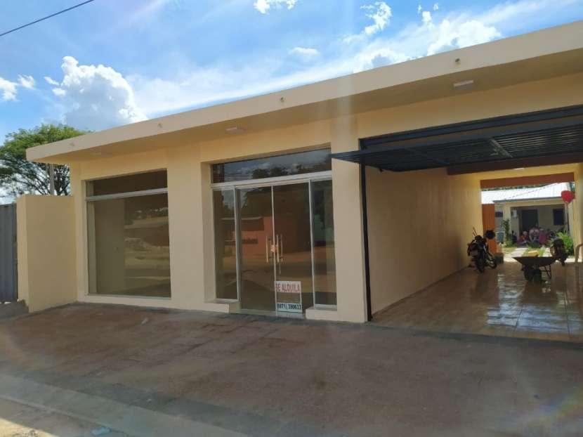 Salón comercial a estrenar en la Ciudad de Coronel Oviedo - 1