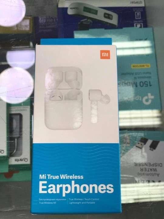Xiaomi Earphones - 0