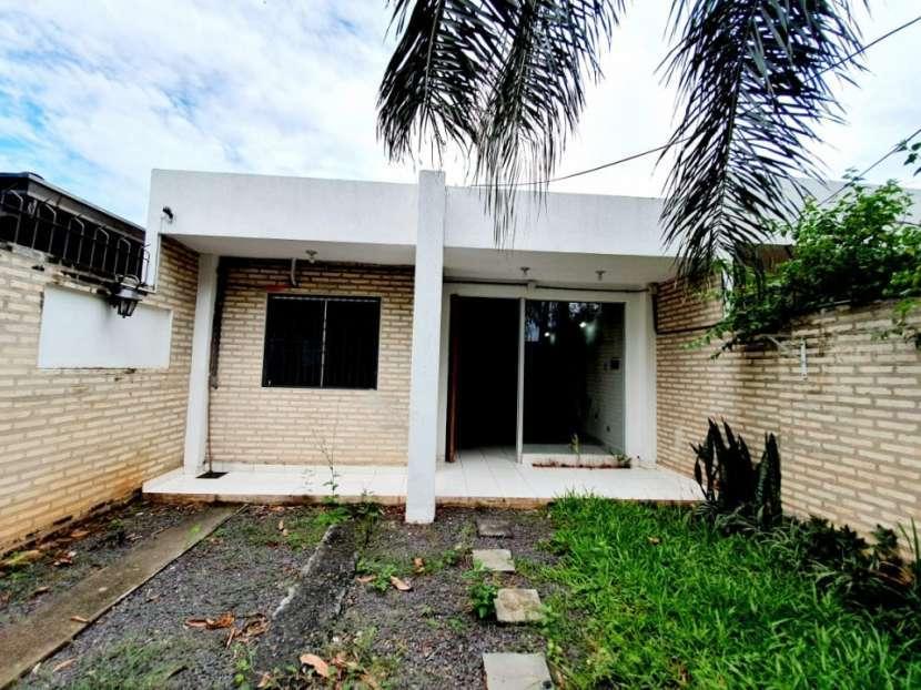 Duplex zona Frigorífico Guaraní - 0