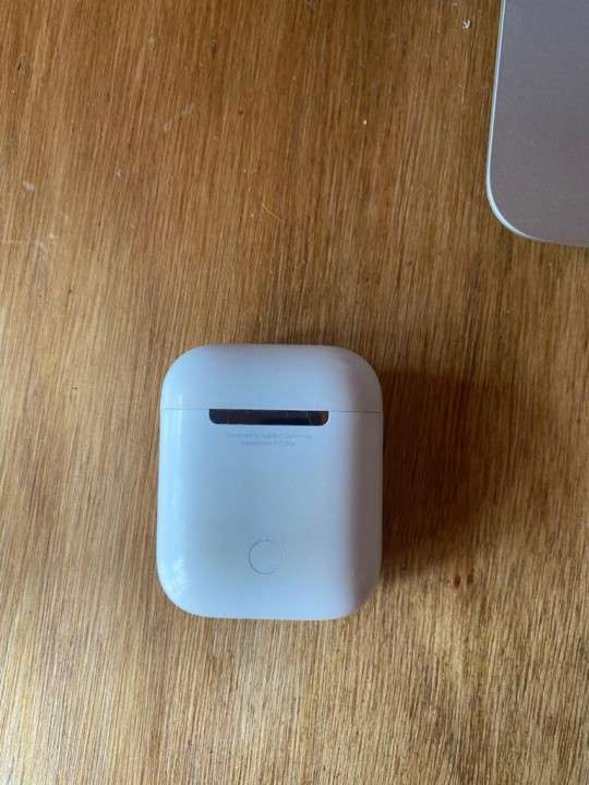 Apple AirPods 2 - 0
