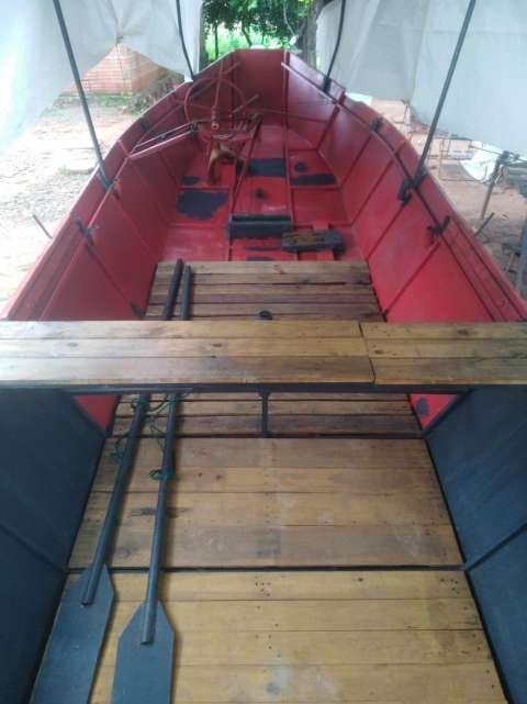 Bote de chapa - 1