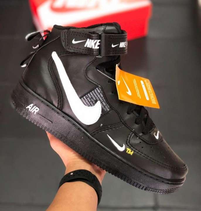Calzados deportivos Nike - 4