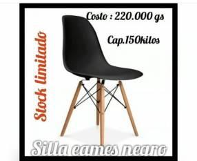 Sillas Eames negro