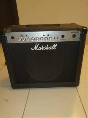 Amplificador para guitarra Marshall MG30CFVX