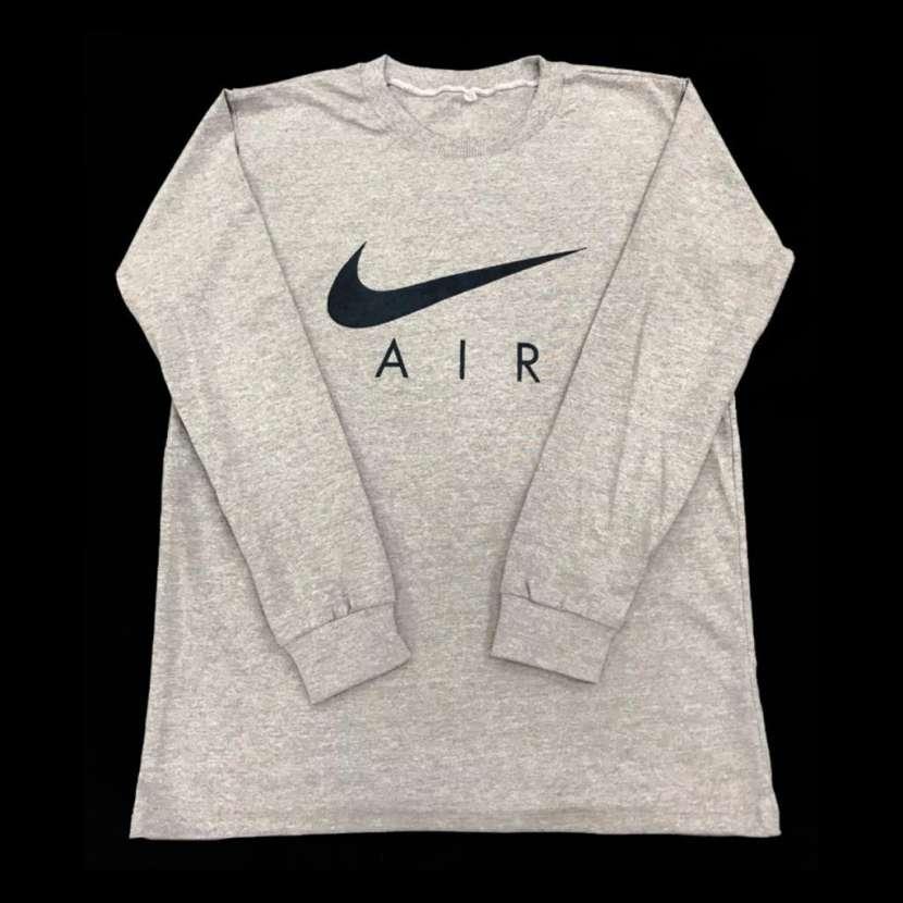 Nike AIR - 4