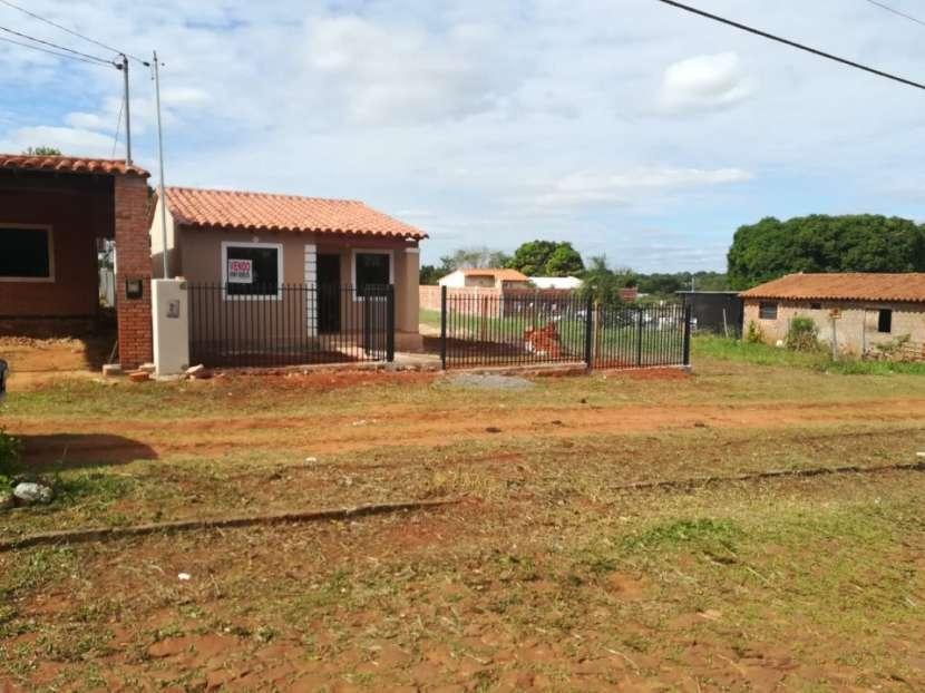 Casa a estrenar en Capiatá entre ruta 1 y 2 - 7
