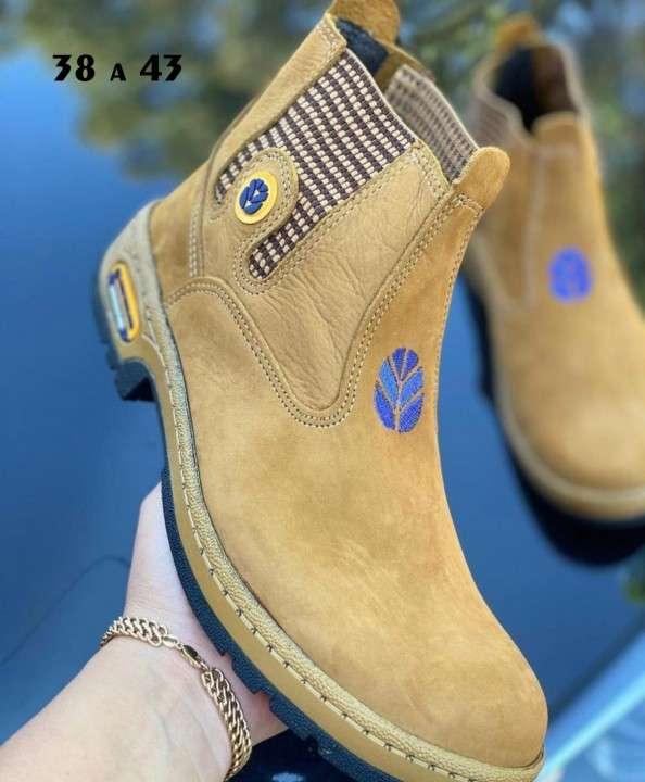 Botas para hombre - 1