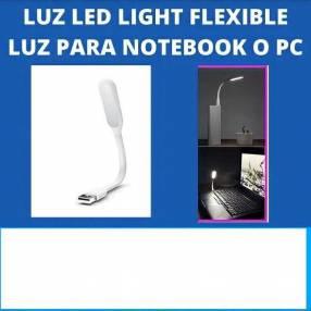 Luz led usb , maleable, 5v. Para cargadores o baterias porta