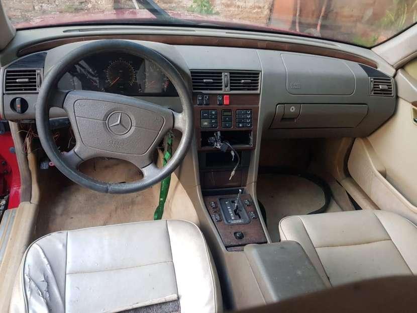 Mercedes-Benz C220 1995 - 7