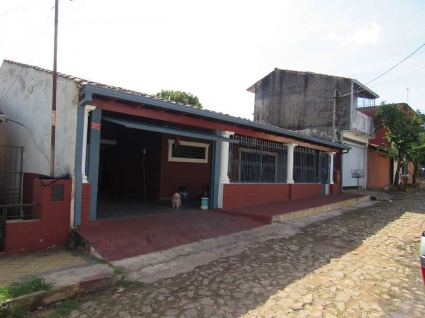 Casa en Cacique Lambaré - 2