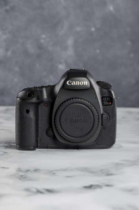 Cámara Profesional Canon EOS 5DsR - 50 megapíxeles - 1
