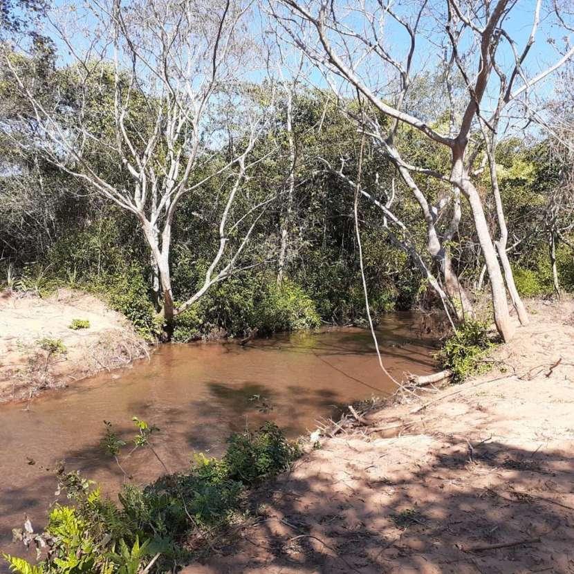 Terrenos con arroyo Tobatí - 0