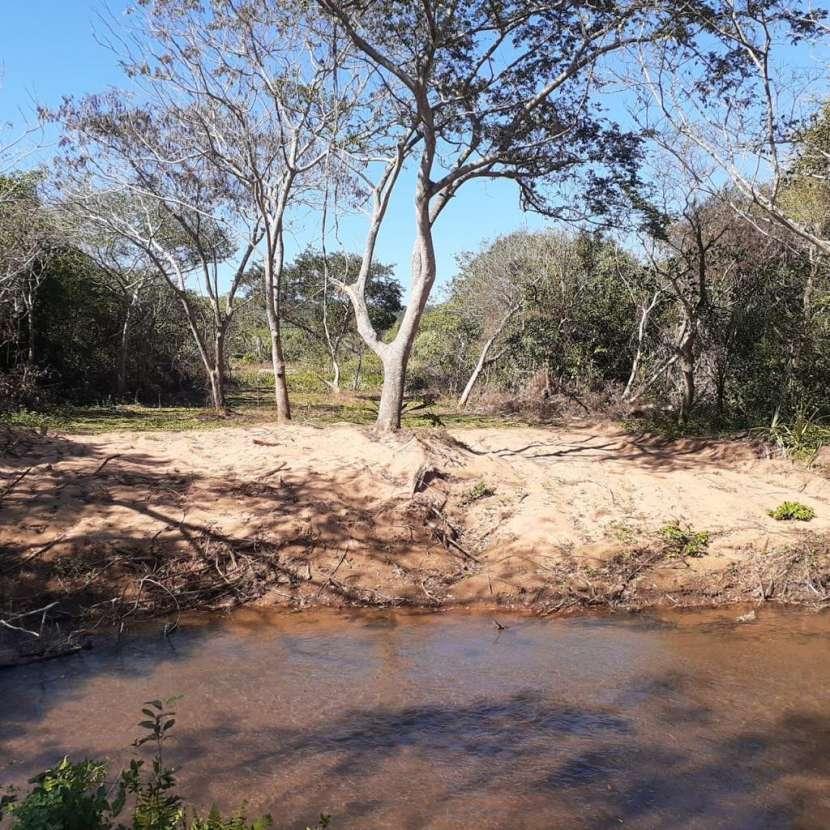 Terrenos con arroyo Tobatí - 1