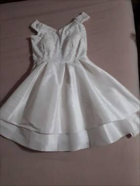 Vestido color marfil