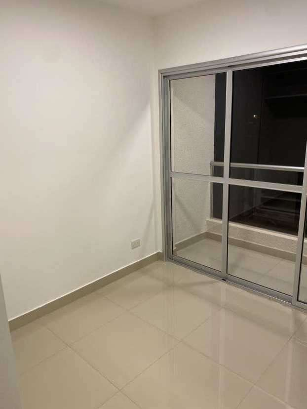 Departamento con balcón a estrenar en Mariano Roque Alonso - 1