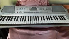 Órgano musical Yamaha