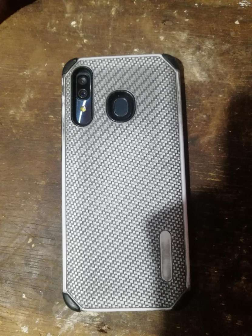 Samsung Galaxy A30 display muerto - 2