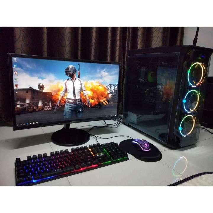 PC-GAMER Gama Alta Ryzen 3 - 2