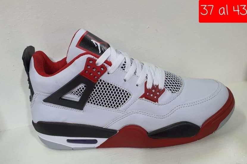 Botita Nike Air Jordan Retro - 1