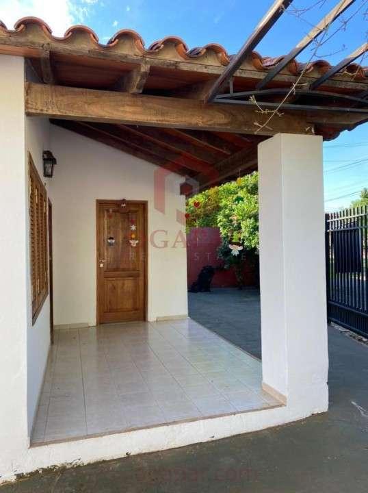 Casa en Mariano Roque Alonso zona Expo - 1