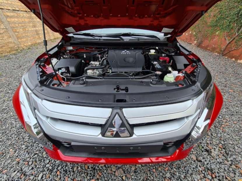 Mitsubishi L200 Triton Sport GLS 2021 - 8