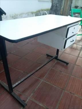 Mesa para computadora u oficina